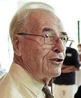 Prof. ir. Wim van der Hoek (Foto: B. van Overbeeke)